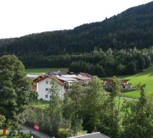 Aussicht vom Balkon Funsport-, Bike- & Skihotelanlage Tauernhof
