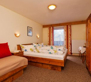 2-3 Bett Zimmer Alpengasthof Köfels