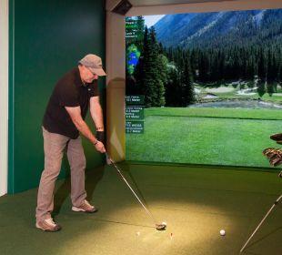 Modernste Indoor-Golfanlage Hotel Bergkristall