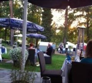 Barbeceau-Abend im Garten Hotel Victoria am See