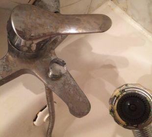 Rostiger Wasserhahn