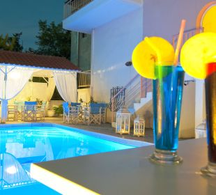 Swimming pool Hotel Alkyonis