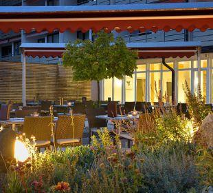 Sonnenterrasse lädt zum Verweilen ein Die Gams Hotel - Resort