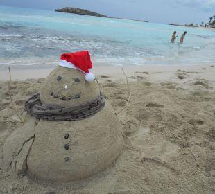 6.Dezember der Nikolaus war in der Nissi Beach  Hotel Nissi Beach Resort