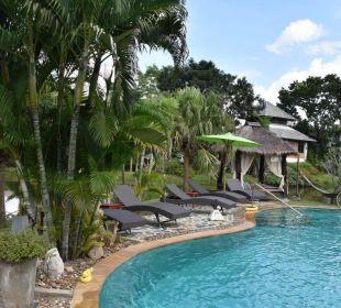 Pool / Garten Hotel Baan Chai Thung