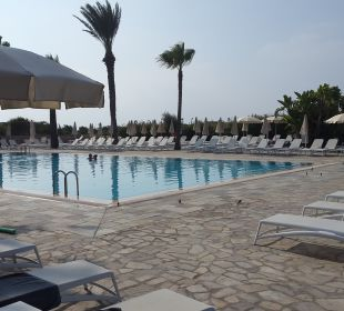 Pool Hotel Nissi Beach Resort