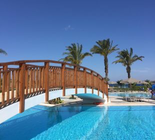 Brücke am Pool Hotel Horizon Beach Resort