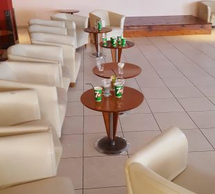 Abräumen? Kein Personal in Sicht Hotel Mirador Maspalomas Dunas