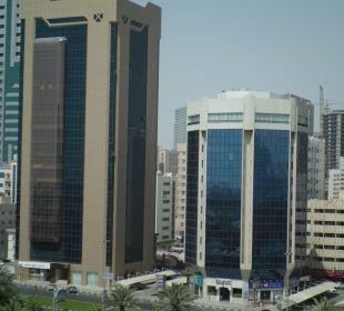 Blick vom Balkon Holiday International Hotel Holiday International