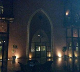 Lobby von  hinten