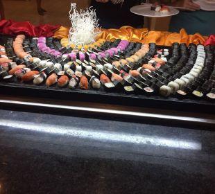 Viva Dominicus Palcace - Sushi im La Yuca Bufettre
