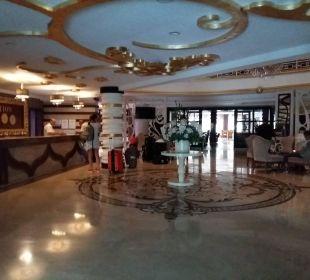 Lobby / Rezeption Linda Resort Hotel