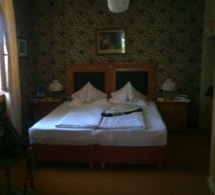 Bett im Stil der 50iger Jahre Silence & Schlosshotel Mirabell