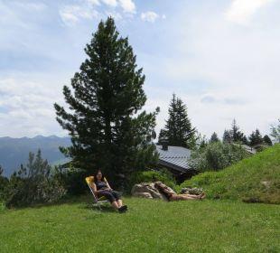 Erholung im Garten Alpin-Ferienwohnungen Hochzillertal