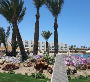 Gartenanlage SUNRISE Grand Select Crystal Bay Resort