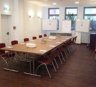 Seminarraum - Platz für bis zu 30 Gäste Hostel Köln