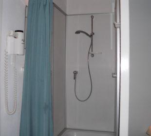 Dusche im Zimmer Hotel John Brinckman