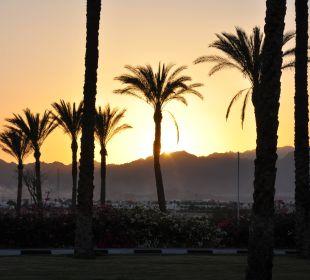 Sonnenuntergang vorm Hotel
