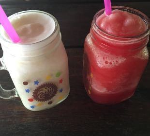 "Fruchtshakes bei ""Tarzan"" Hotel Mercure Koh Chang Hideaway"