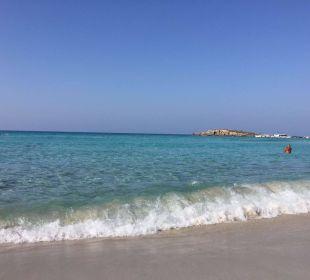 Schöner langer Strand Hotel Nissi Beach Resort
