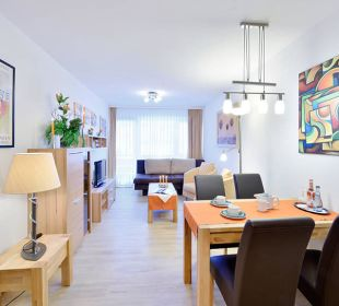 Wohnzimmer u. Essecke Komfortappartement Die Gams Hotel - Resort