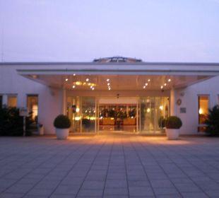 Hoteleingang NewLivingHome Appartements Hamburg