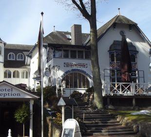 Hotel von vorne Hotel Villa Gropius