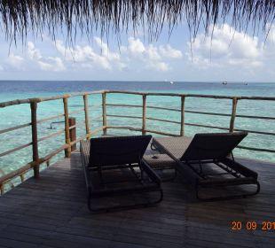 Außendeck Water-Villa Hotel Constance Moofushi Resort