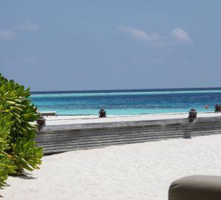 WEg zum Wasserflugzeug Hotel Constance Moofushi Resort