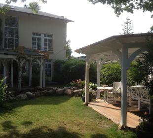 Garten mit Pavillion Hotel Villa Granitz
