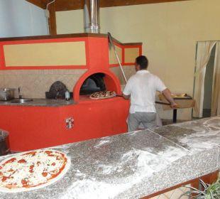 Pizzabäcker in der Strandbar