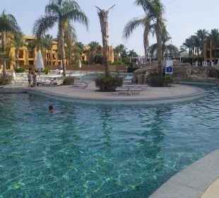 Insel am pool Stella Di Mare Beach Resort & Spa Makadi Bay
