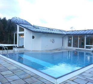 Außenpool Alm- & Wellnesshotel Alpenhof