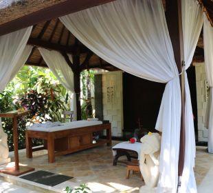Und hier kann man wunderbare Massagen genießen Nusa Indah Bungalows & Villa