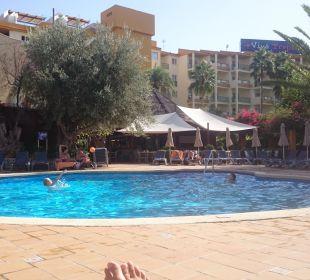 Der große Pool für Groß und Klein. Hotel Viva Tropic