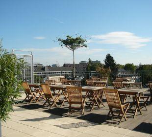 Dachterrasse zum Süden - unendlich Sonne! Hostel Köln