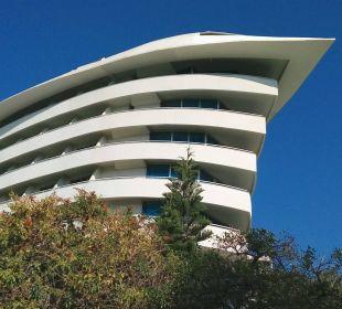 Hotel Concorde vom Garten aus fotografiert Hotel Concorde De Luxe Resort