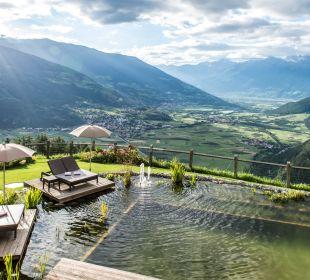 Naturbadeteich im Garten Alpin & Relax Hotel Das Gerstl