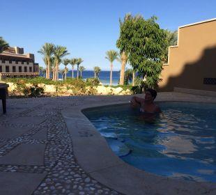 Privater Pool auf der Terrasse