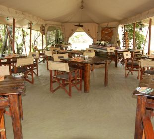 Oder im Speisezelt Mara Bush Camp