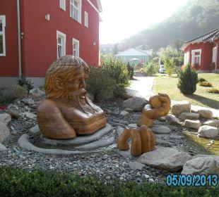 Vor dem Hotel Ferienpark Bodetal