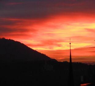 Der Kampf himmlischer Mächte gegen die Höllenglut Art Deco Hotel Montana Luzern