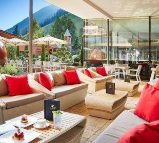 Hotelterrasse Hotel Quelle Nature Spa Resort