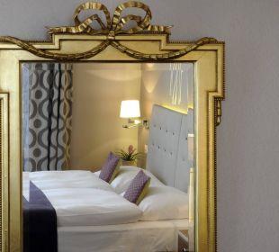 Room Mirror Hotel Schweizerhof Luzern