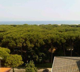 Blick vom Hoteldach zum Meer Hotel Eraclea Palace