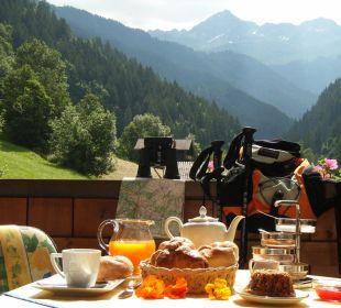 Frühstücken auf der Terrasse Ferienwohnung Winkler