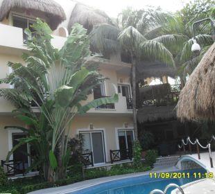 Außenansicht vom Pool aus Hotel Posada Riviera del Sol