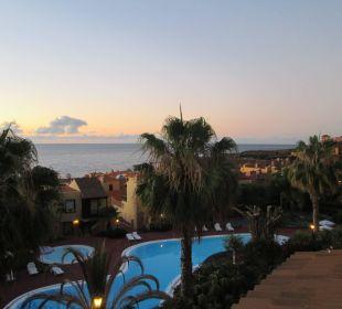 Tolle Aussicht vom Balkon Hotel Oasis San Antonio