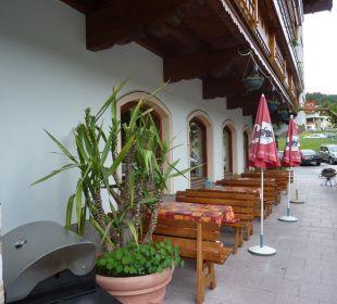 Terrasse direkt am Hotel Hotel Klausenhof