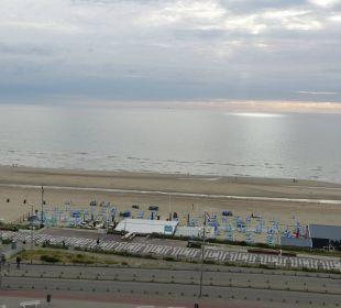 Das einzig tolle: der Blick! Center Parcs Park Zandvoort Strandhotel